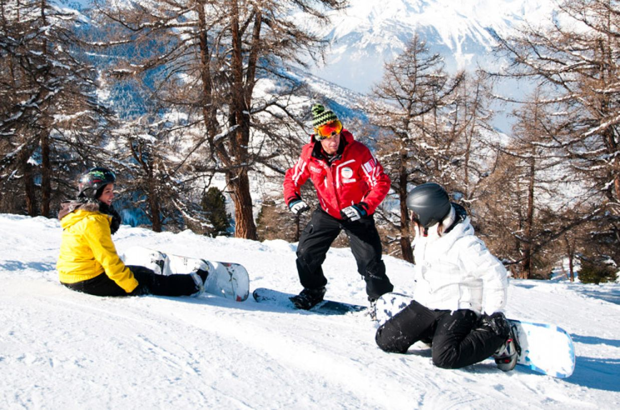 Progress quickly with the swiss snowboard school Veysonnaz